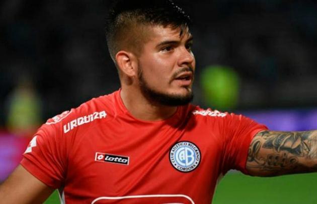Lucas Acosta se afianzó en el arco celeste y renovó hasta 2020 con el club.