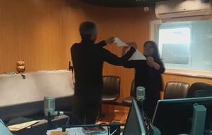 Geo y el Turco bailan el pericón