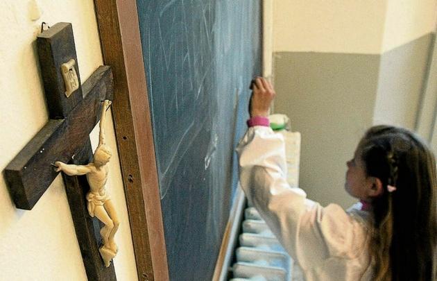 Desde 2008 la educación religiosa es obligatoria en las escuelas de Salta.