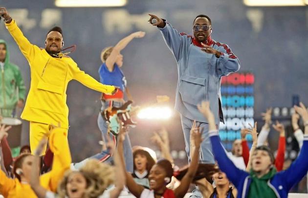 Black Eyed Peas abrió la final de la Champions League.