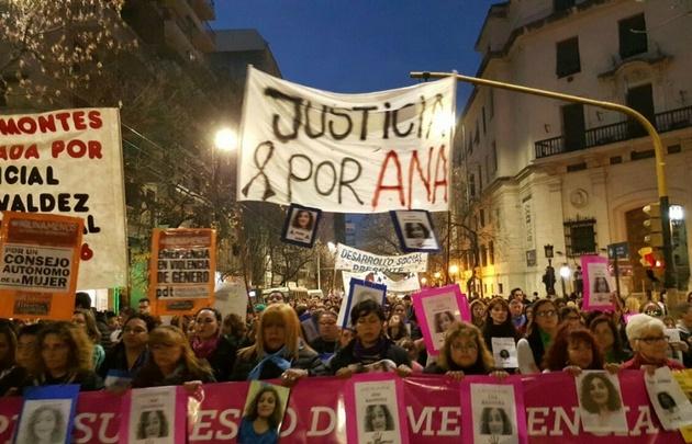 Córdoba se volvió a movilizar contra la violencia de género.