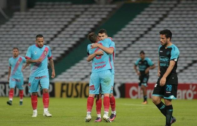 Belgrano cayó ante Arsenal y quedó en el fondo de la tabla.