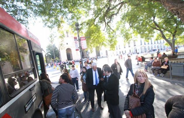 Analizan la situación de los trabajadores del transporte en Córdoba.