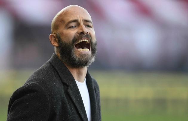 Sebastián Méndez, técnico de Belgrano, se mostró dolido por la derrota.