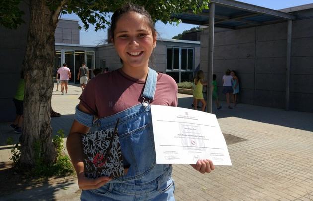 Ona Vargas Prat, reconocida en los Juegos Florales.