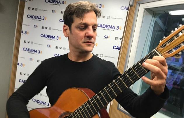 Rodrigo de la Serna interpretó ''Milonga surera''.