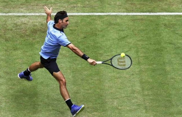 Roger Federer se alzó con su noveno triunfo en Halle.