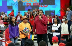 Maduro advirtió que el chavismo podría tomar las armas.