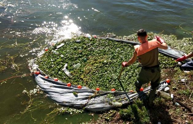 La basura que quedó atrapada en una de las redes.