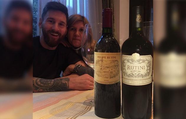 Messi junto a su madre disfrutando un Rutini (Foto ilustrativa de Cadena3.com)