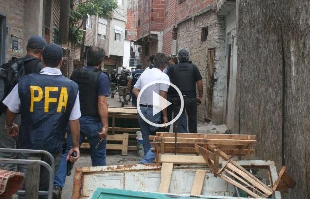 Megaoperativo de fuerzas federales en la Villa 1-11-14.