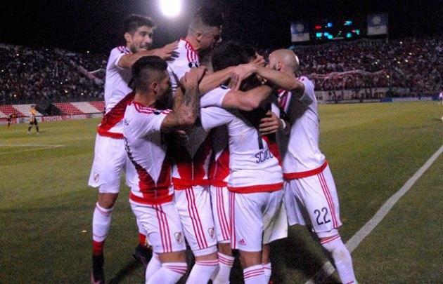 River se trajo un gran triunfo de Paraguay.