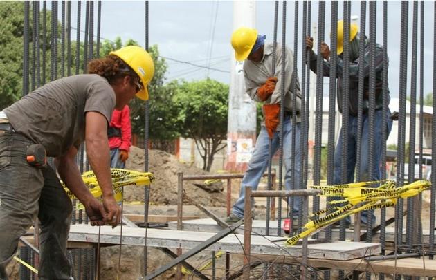Aumentó el trabajo en la industria de la construcción.