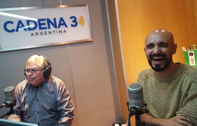 Abel Pintos se confesó un oyente de radio.