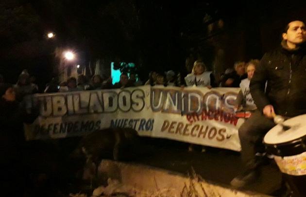 La protesta se llevó a cabo en Río Gallegos.