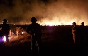 Los bomberos lograron controlar el incendio en La Calera.