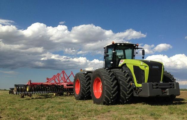 La línea tractor Xerion, de Claas se destaca por su alta potencia.
