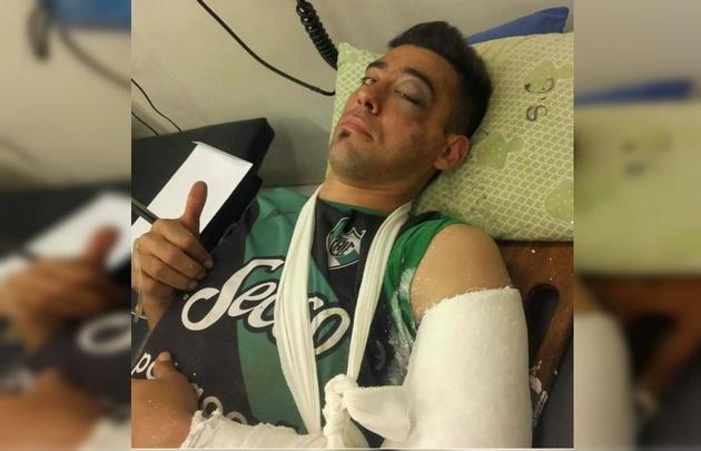 Ricardo Toledo se recupera tras el fuerte golpe (Foto: Pasión por el Ascenso)