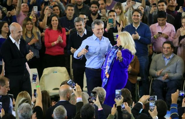 Carrió cerró la campaña junto a Macri y Rodríguez Larreta.