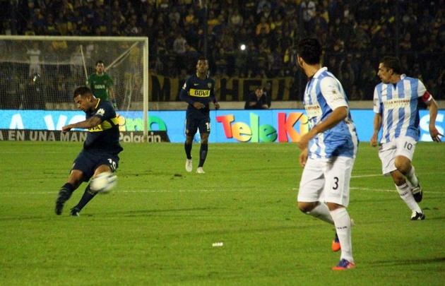 Boca venció a Gimnasia y Tiro de Salta en Formosa.