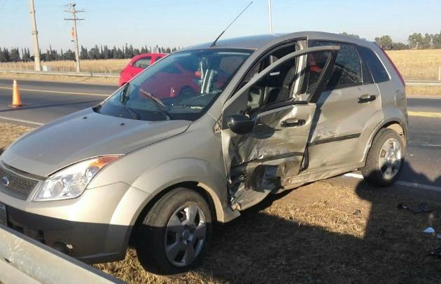 Así quedó el Ford Fiesta tras el choque.