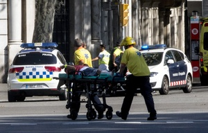 Más de 100 personas resultaron heridas.