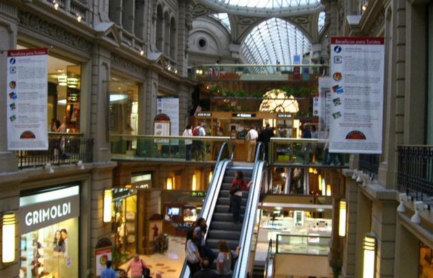La encuesta del Indec se compone de un panel de 37 shoppings.