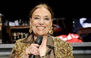 Mistral fue la primera cantante española que actuó en la BBC de Londres.