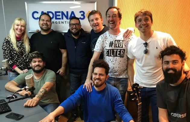 Los Huayra en Viva la Radio.