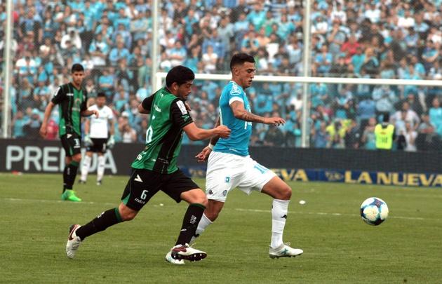 Matías Suárez sufrió el golpe al final del partido con ''El Santo'' cuyano.