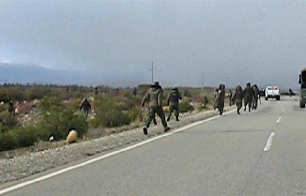 Imágenes del desalojo de Gendarmería en la ruta 40.