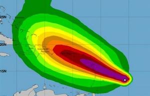 El Caribe se prepara para el huracán María luego del furioso paso de Irma.