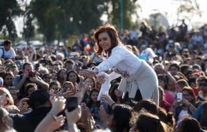 La ex presidenta habló en un acto por el Día del Estudiante en Ensenada.