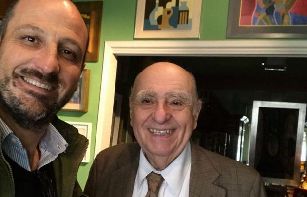 Juan Pablo Viola junto a Sanguinetti.