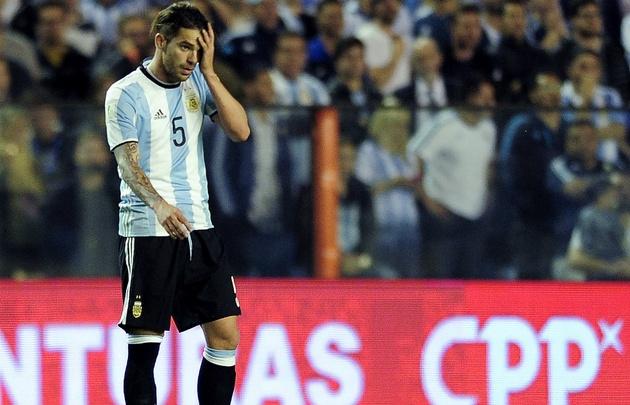 Gago se lesionó a los cinco minutos de ingresar en el duelo con Perú.