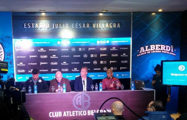 Acosta, Franceschi, Fassi y Guiñazú, en la conferencia de prensa.