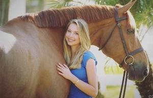 Eve Jobs, la bella hija del fundador de Apple.
