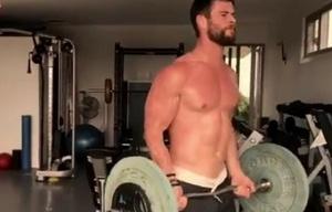 Chris Hemsworth desarrolla una exigente rutina para interpretar a Thor.