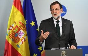 Rajoy pide detituir a Puigdemont y a todo su gabinete.