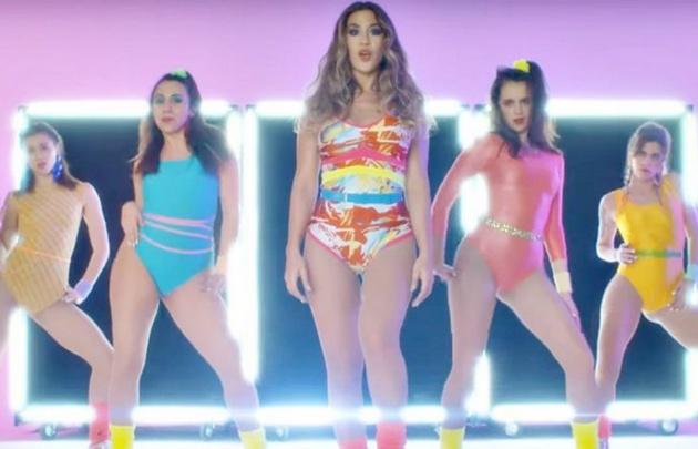 La actriz y cantante revolucionó YouTube con la publicación de su nuevo video.