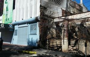 Así quedó la obra en construcción tras el voraz incendio
