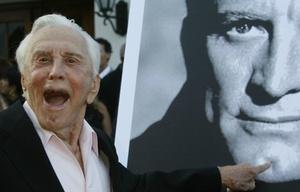 Kirk Douglas celebró sus 101 años (Foto de archivo)