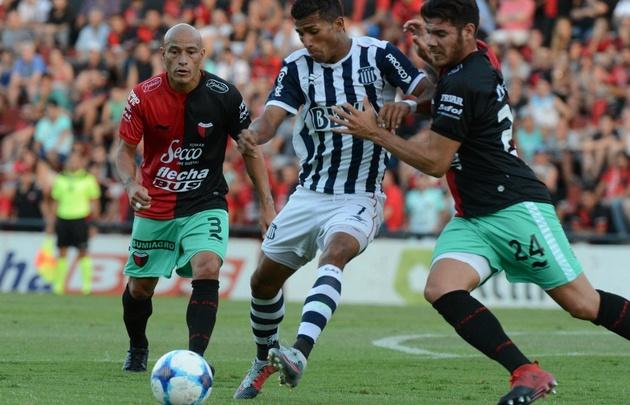 Talleres superó a Colón en el trámite de juego y lo reflejó en el marcador.