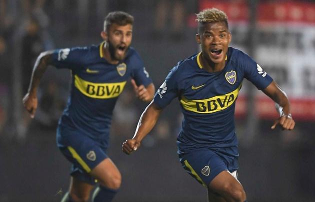 Wilmar Barrios festeja el gol del triunfo del ''Xeneize'' ante Estudiantes.