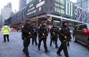 Gran despliegue de las fuerzas de seguridad tras la explosión (Foto: Daily News NY)