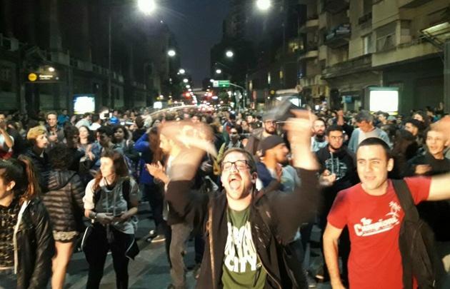 Cacerolazos en Buenos Aires.