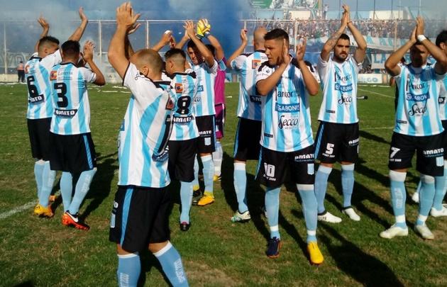 Racing de Córdoba volvió al Torneo Federal A.