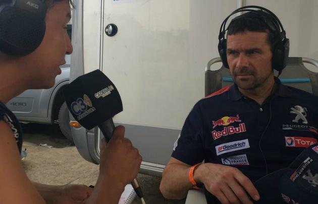 Sebastien Loeb gana la cuarta etapa, Peterhansel sigue liderando el Dakar
