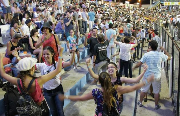 Los festivales ofrecen diversos géneros musicales, el folclore: uno de los favoritos