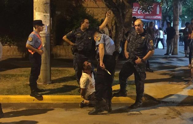 Un hombre quedó detenido por atacar a un policía (Foto: Radio Jesús María).
